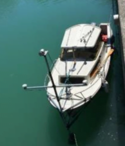 Seabed boat for hydrographic and LiDAR survey